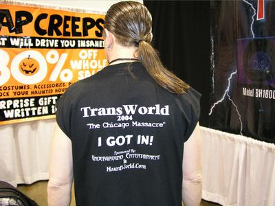 2004 Transworld Picture Gallery - Rich Hanf makes a statement with his new T-Shirt - Picture