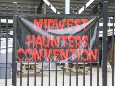 2004 Midwest Haunter\'s Convention -  - Picture