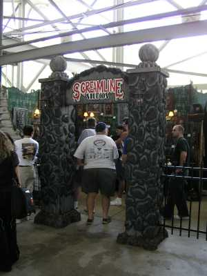 2004 Midwest Haunter\'s Convention - Screamline Studios - Picture