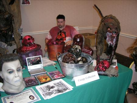 2005 Midwest Haunters Convention - The Creepy Collection - Picture
