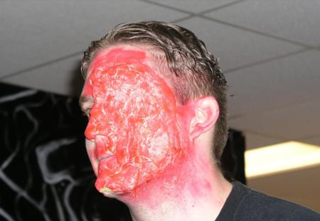 2005 ScreamFest Seminars - Hand Applied Make-up: Third Degree Burns - Picture