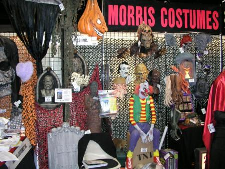 2005 Transworld Halloween Section - Morris Costumes - Picture