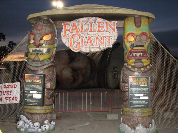 Fallen Giant and Internal Nightmare - Fallen Giant and Internal Nightmare at Cherryvale Mall - Rockford Illinois - Picture