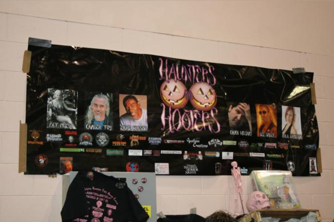 2008 Midwest Haunters Convention - Haunters For Hooters - Picture