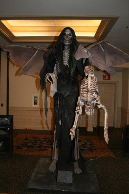 Fright Dome Haunt Auction -  - Picture