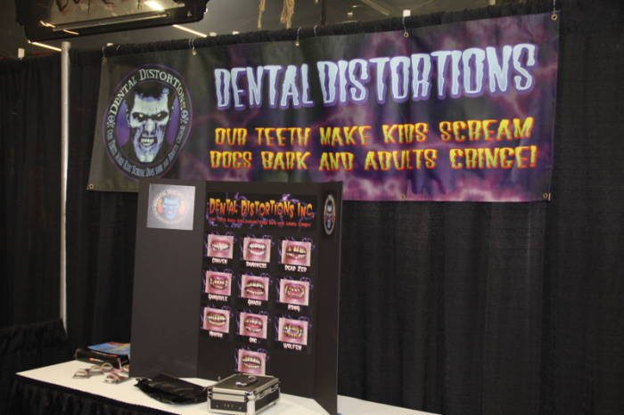 2010 MHC - The Show Floor  - Dental Distortions