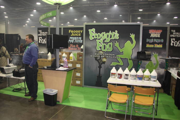2010 MHC - The Show Floor  - Froggy's Fog