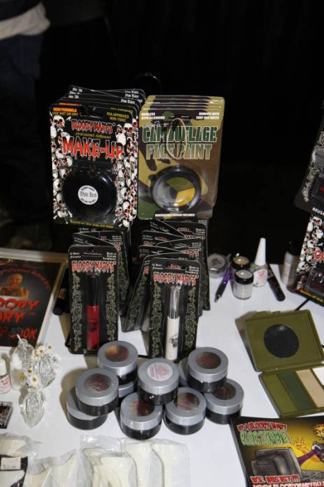 2011 MHC - The Show Floor  - Bloody Mary Make-up