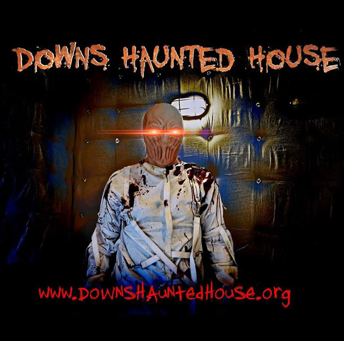 Downs Haunted House in Downs, IL
