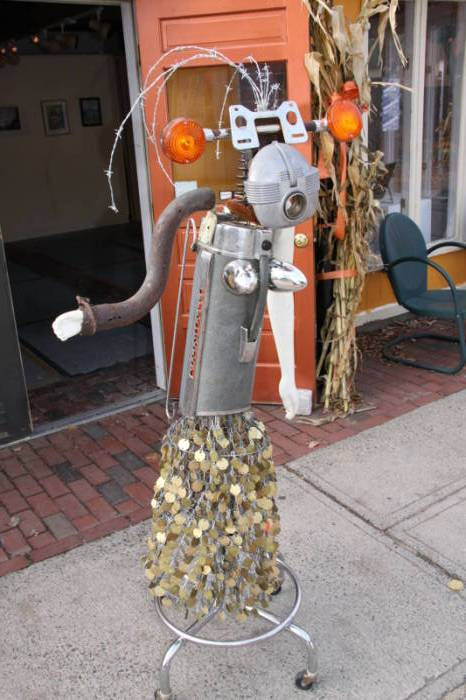 Around Town in Salem  - An interesting bit of art made from an old vacuum cleaner, exhaust pipe and other metal parts.