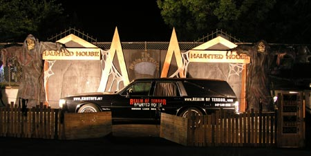 Realm of Terror Haunted House - (Round Lake Beach, Illinois) - Picture