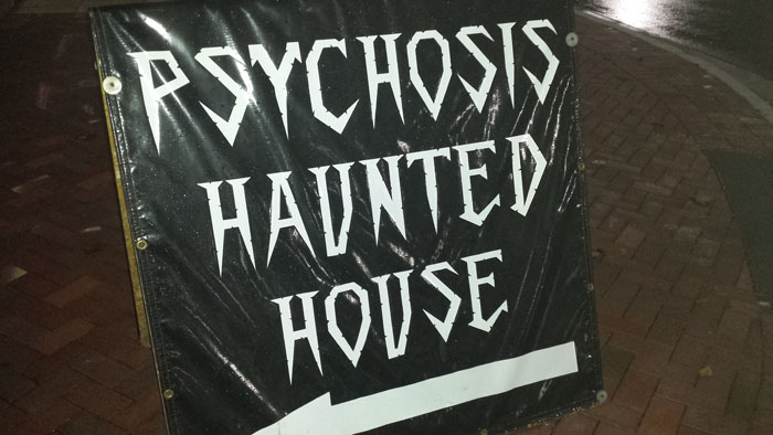 Psychosis Haunted House - (Elgin, Illinois) - Picture