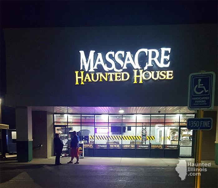2017 Massacre Haunted House - 2017 Massacre Haunted House (Montgomery, IL) - Picture