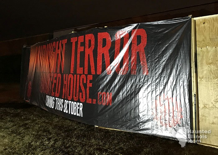 2017 Midnight Terror Haunted House - 2017 Midnight Terror Haunted House (Oak Lawn, IL) - Picture